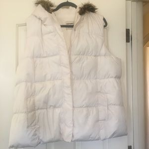 Old Navy fleeceLined Puffer Vest Faux Fur TrimHood